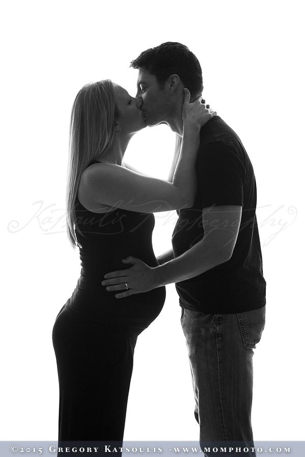 pregnant kiss
